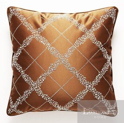 【 LondonEYE 】NeoClassic新古典X奢華織品系列X抱枕套 精品菱格鑲立體鑽 豪宅/樣品屋 CN17