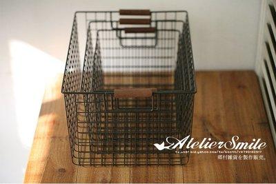 [ Atelier Smile ] 鄉村雜貨 日本直送 復古木柄 鐵製 收納籃 水果籃 雜物籃 # 小 (現+預)