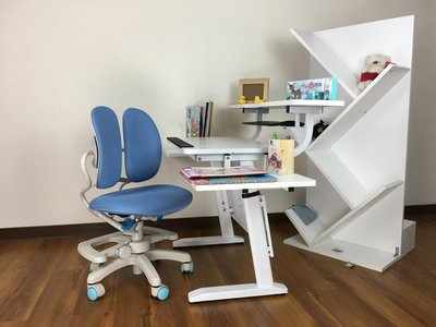 【樂學成長書桌 蘆洲店】《TA58桌+雙背椅》 只要$9800(不含桌上配件)再送...
