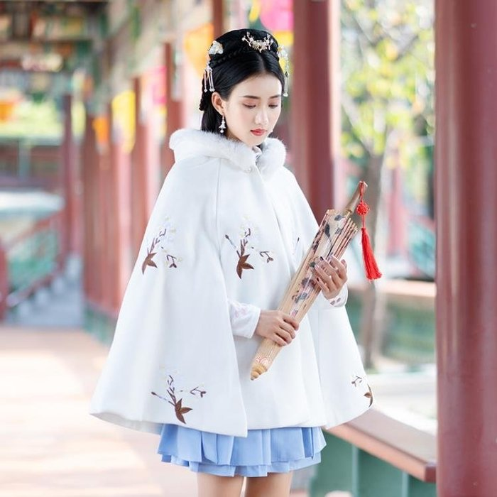 民族風斗篷重工刺繡連帽秋冬繡花毛呢中國風復古斗篷披肩洋裝