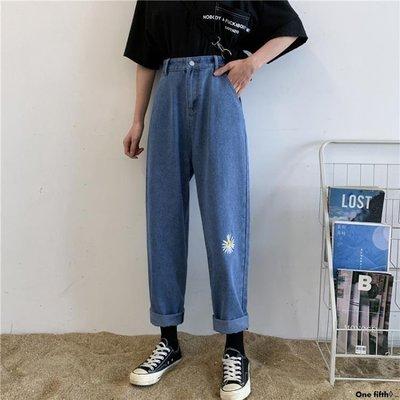 One fifth◊ .. [S-5XL]大碼高腰小雛菊牛仔褲女學生直筒寬鬆舒適老爹闊腿褲QC230