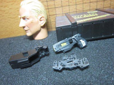 B1兵工裝備 鎮暴警用1/6短把型電擊槍一把(附槍套) mini模型玩具 無作用 特價