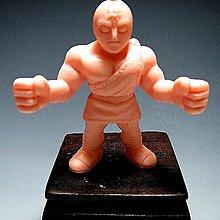 【 金王記拍寶網 】(常5) W5204 早期日版袖珍老玩具 筋肉人 老品一隻 絕版罕見稀少 (櫥櫃袖珍品老玩具珍藏)