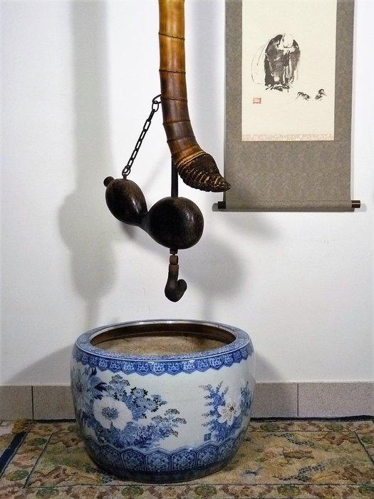 花見小路425 18 世紀  京都 大名屋敷 古依萬里 青花牡丹大型火鉢