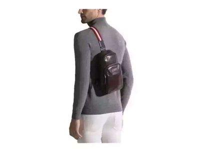 ╭☆包媽子店☆瑞士 Bally THOMA 黑色&咖啡色油蠟皮男士都市斜挎包 胸包((小號))