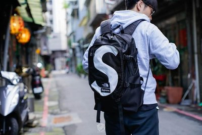 GOSPEL【Supreme The North Face S Logo Expedition TNF  】黑色 後背包
