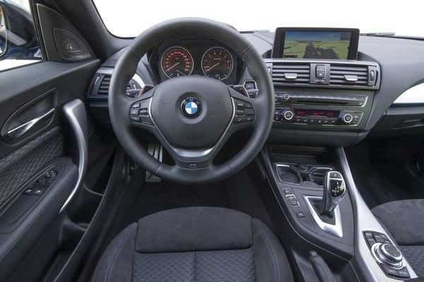 【樂駒】BMW F30 F31 F20 M Sport 跑車 方向盤 原廠 改裝 精品 套件 零件 Sport line