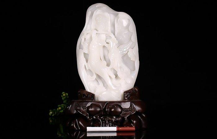 新疆和闐玉 一級白玉 籽料 立體精雕  飛天仙女+喜鵲 擺件 送擺飾實木木架 +鑒定證書(限面交歡迎現場看貨)