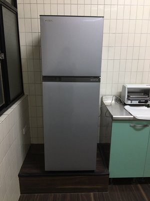 TOSHIBA 東芝192公升變頻電冰箱 GR-A25TS(S) 提供縣市樓層 算出總金額給你才下單哦