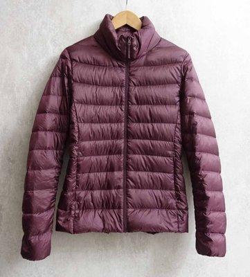 日本品牌 UNIQLO 女款 深紫咖色 輕羽絨外套 S號