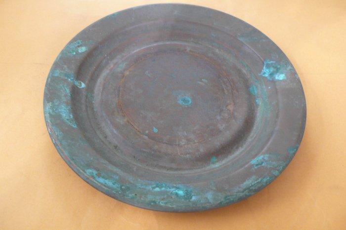 紫色小館88-----銅盤