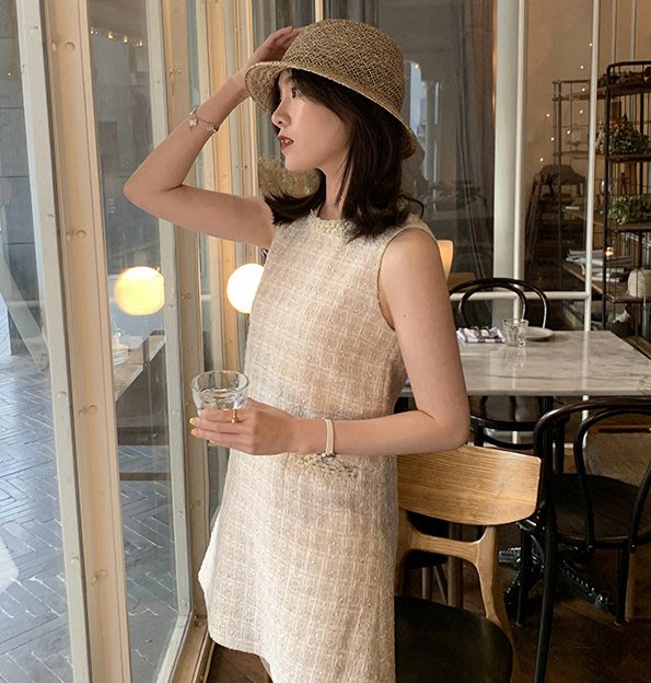 ACHIC┼即使簡單的款式也要精緻 鑲邊A-line名媛日常小洋裝 背心連身裙190831106重工金絲編織