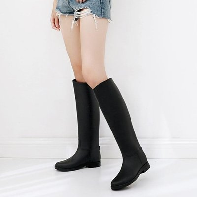 新品促销 英倫雨鞋女高筒夏時尚雨靴女成人長筒馬丁雨靴【歐亞時尚】