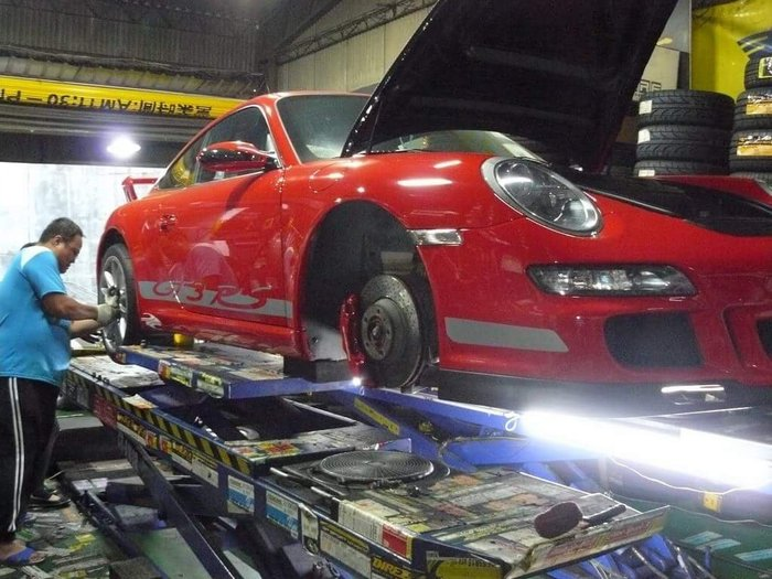 全車系 藍寶堅尼 法拉利 保時捷 賓士 寶馬 福斯 奧迪 愛車電腦診斷 車況檢查 維修 保養 輪胎 鋁圈 煞車系統