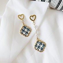 CHIDORI PATTERN EARRING ✦ 不規則長短款珍珠千鳥格紋復古鋼針耳針式耳環 AC050619