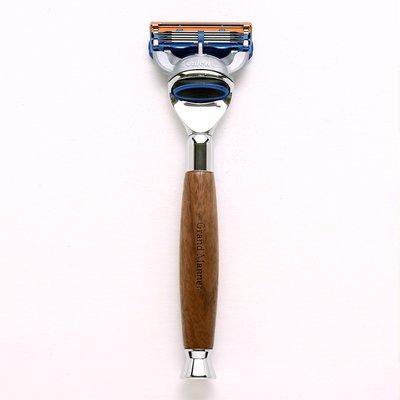 英國 Grand Manner 尊爵系列 刮鬍刀(胡桃木 / 鋒隱5 Fusion)