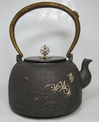 """【掏寶天地】日本純銀鑲嵌老鐵壺*春意盎然""""鑄鐵茶壼* *鐵壺W20; 銀鑲鐵壼"""