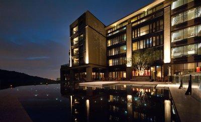 台北北投麗禧溫泉酒店-雅緻山景客房雙人房每位5900元/含早餐/公司旅遊/會議獎勵優惠價,另有北投大地、北投加賀屋
