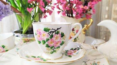 紫丁香歐陸古物雜貨♥英國 1949年Royal Standard 細骨瓷蘋果花下午茶三重奏杯盤組