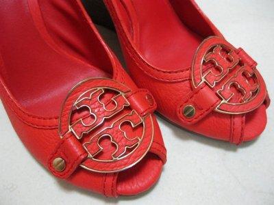 (低價起標不提結)尺寸US 6.5/EU37/23.5cm/近八成新/TORY BURCH經典LOGO露趾厚高9cm鞋款