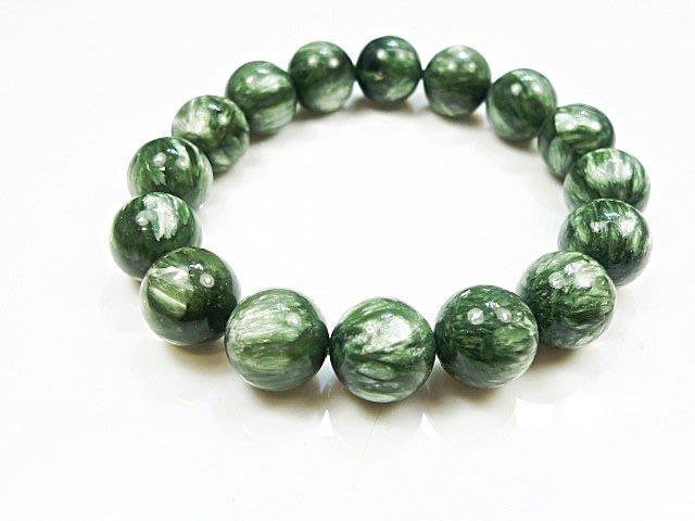 ((上品堂))頂級天然綠龍晶手珠,重39克.增強並活絡七輪的能量