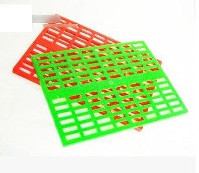 【腳墊-塑膠-中號-342501-2片/組】兔子龍貓天竺鼠 小寵物專用 中號腳墊 墊板-79023