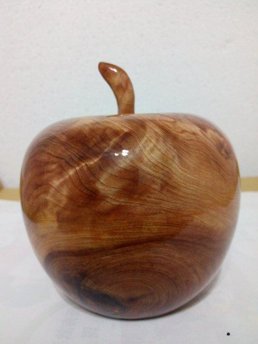 【九龍藝品】台灣紅檜木 蘋果聚寶盆 重油.閃電花.質量重.寬約11公分 VY1234