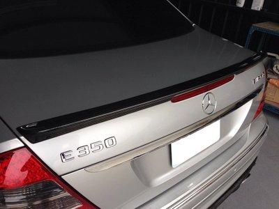 《※台灣之光※》賓士 W211 02 03 04 05 06年AMG款原廠烤漆黑色號#040 鴨尾尾翼附3M膠條