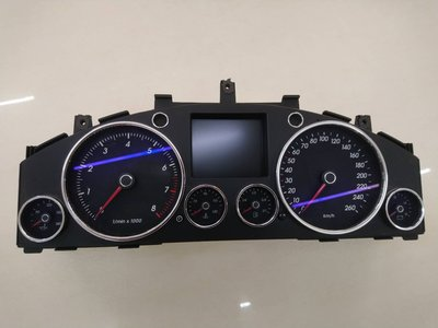 福斯 TOUAREG 3.2 儀表板 非 BENZ BMW  NISSAN INFINITI