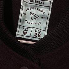 西班牙品牌 POLL & BEAR 高質感 絕美酒紅色厚實毛料 奶白色軟皮質拼接袖 童趣毛線貼布 休閒式棒球外套 M