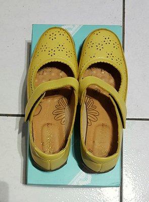 轉賣Applenana手工鞋 黃色氣墊娃娃鞋37