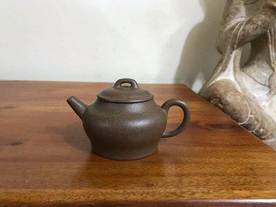 陸盧寶玩 柴燒紫砂茶壺 140cc