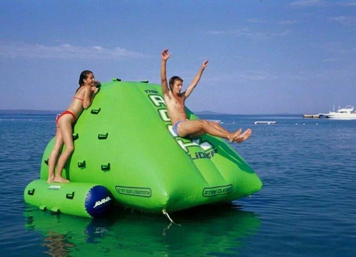 大型 充氣 溜滑梯 岩石 攀爬 闖關遊戲 趣味活動 游泳池 冰山 跳床 浮排 訂做各式陸上水上充氣產品(廣育充氣塑膠)
