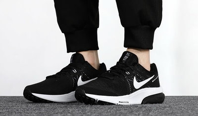運動王◎NIKE 耐吉慢跑鞋 Zoom Prevail 運動 男鞋 前掌氣墊 舒適避震 路跑 黑白DA1102-001