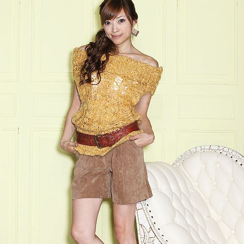 一元起標~ A字顯瘦彈力燈芯絨褲裙-時尚雜誌款~M size