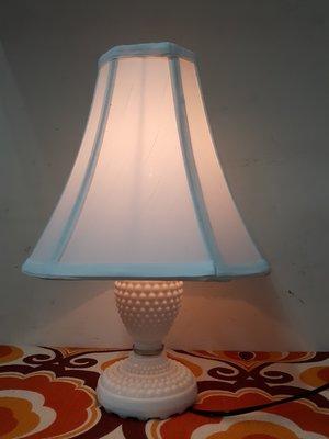 上海風 早期白瓷 奶油燈/ 古董檯燈(2)