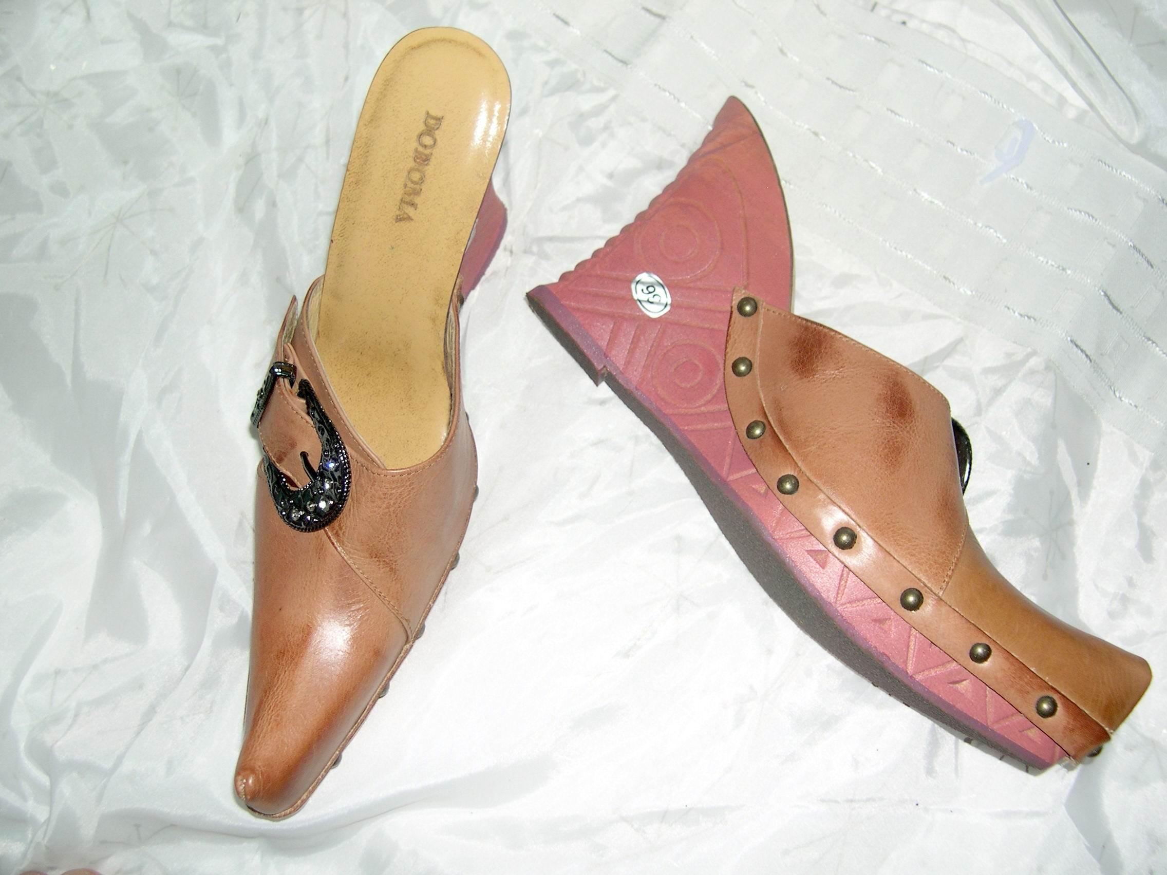 @╮全面淨空大特賣╭@一百零一元亂亂標~~棕粉色時尚別緻楔型鞋