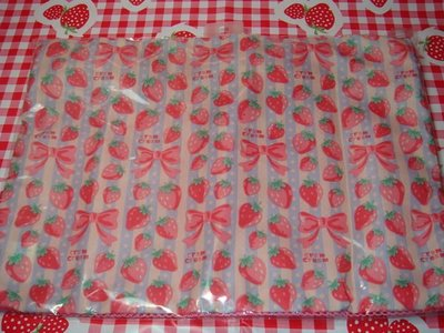 *草莓園*出清日本帶回Cram Cream商品~草莓收納袋~小