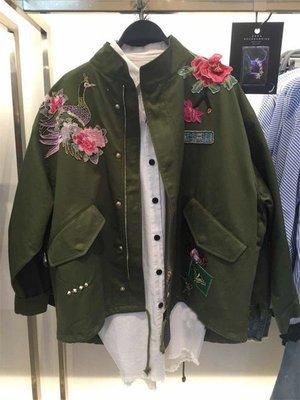 秋冬大牌款歐洲站新款女裝軍綠色   立體花朵 繡花刺繡寬松派克外套