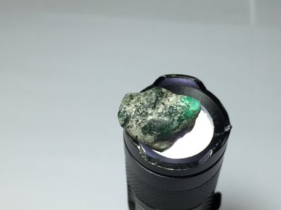 【Texture & Nobleness 低調與奢華】精品影片礦區 原礦 標本 -莫桑比克祖母綠-15.8克拉