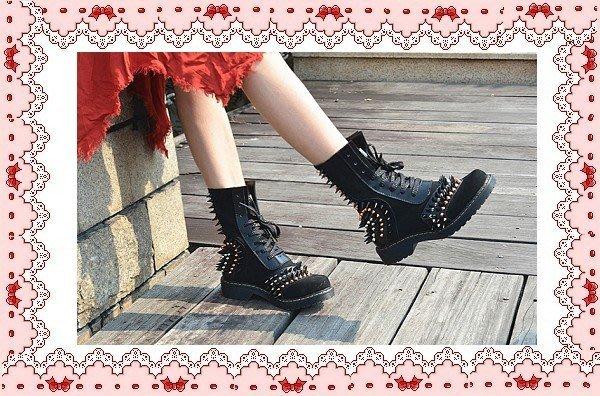 ⚡肯尼芭比⚡【真牛皮】紅色牛仔靴☆黑色粗跟靴☆╮平底短靴☆鉚釘造型中筒靴☆╮低跟長靴☪工作靴☪軍靴踝靴
