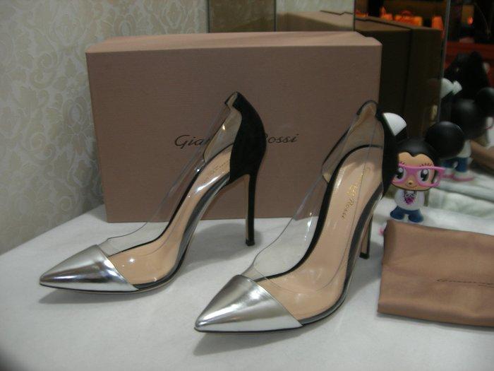 典精品名店 GIANVITO ROSSI  銀色 + 黑色 透明  高跟鞋 尺寸 39 專櫃約22000 現貨