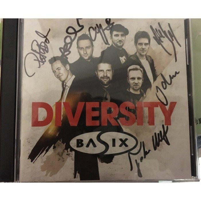 《全新》Basix / Diversity 進口2CD 親筆簽名