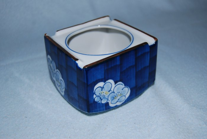 ◎石美社◎ 日製陶瓷煙灰缸