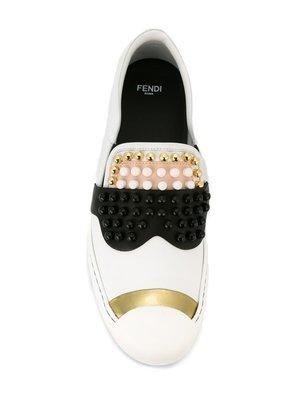Fendi Studded Sneakers 老佛爺卯釘休閒鞋 小牛皮 白
