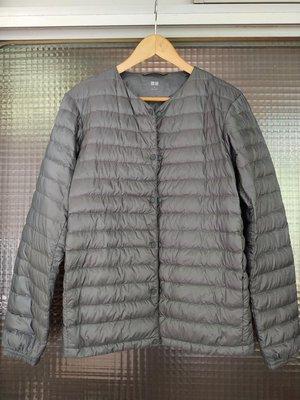 日本品牌 Uniqlo 灰色基本款男裝輕羽絨防風保暖外套上衣風衣