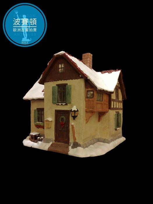 【波賽頓-歐洲古董拍賣】歐洲/西洋古董 德國舊物 大型喜姆娃娃房屋No3(M.I. Hummel Goebel)立燈 (尺寸:高15公分)(年份:約1990年)