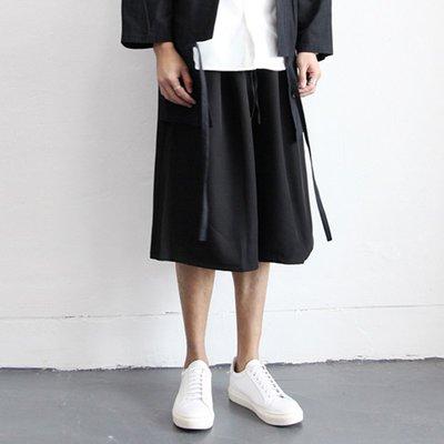 ∵ PRAY FOR FASHION ∴日系暗黑改良式寬鬆梭織面料闊腿褲八分褲 男女同款