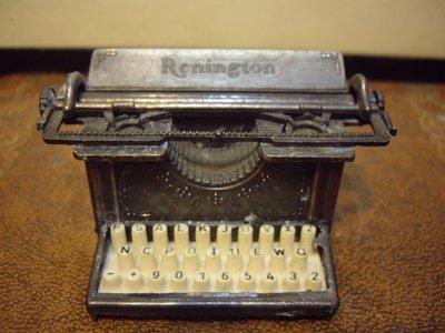歐洲古物時尚雜貨 雕刻藝術 打字機造型 削鉛筆機 古董擺飾品
