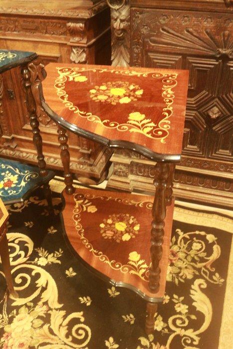 【家與收藏】特價稀有珍藏歐洲古董義大利古典華麗精緻手工Inlay木拼花鑲嵌邊桌2